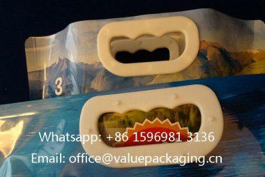 Smaller-Plastic-Handle-On-stnadup-Doypack